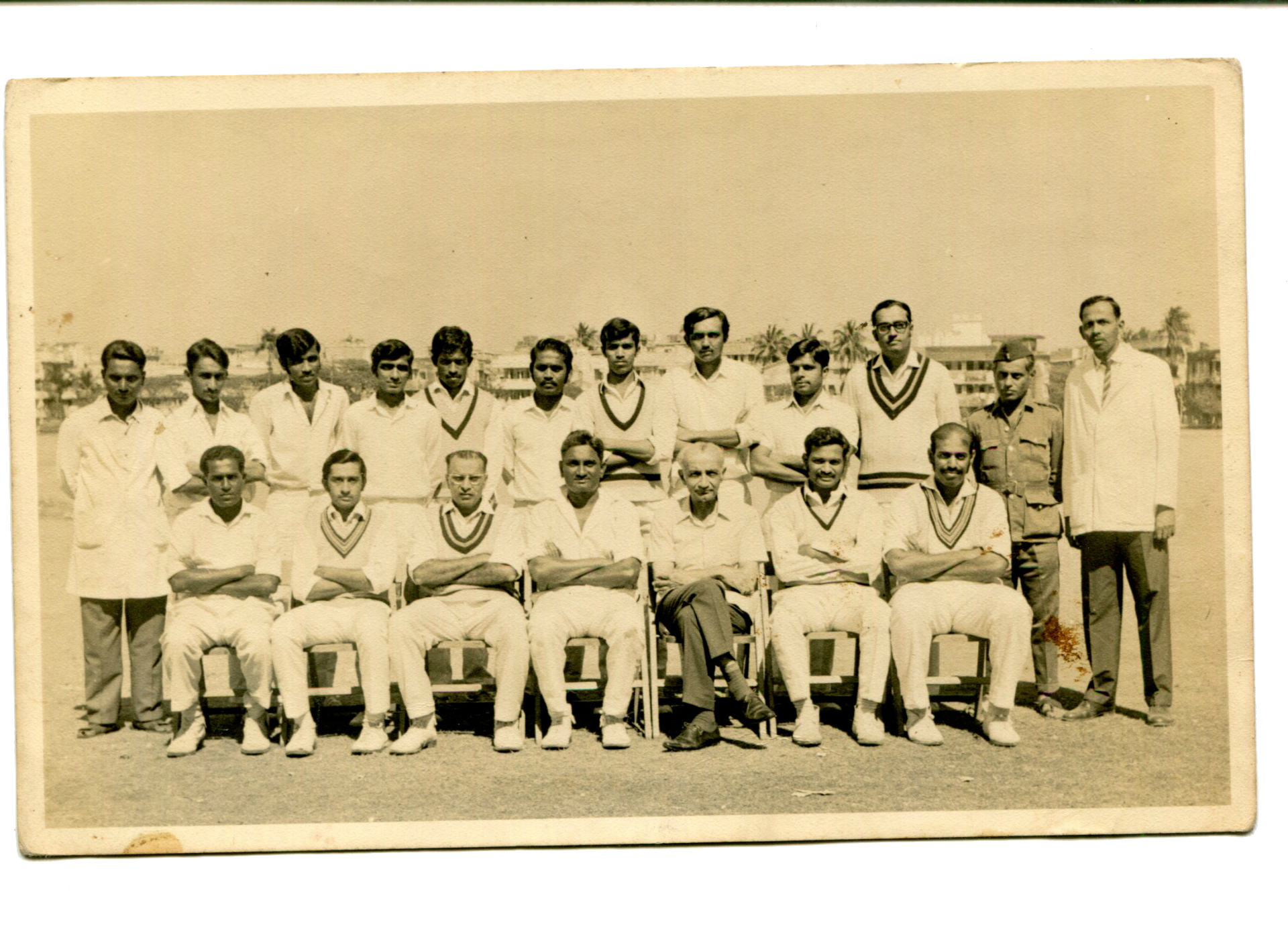 Paradkar Sir With Team in 1972